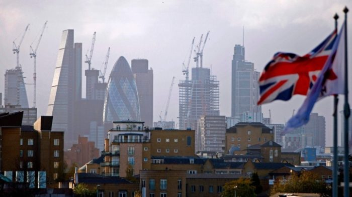 Hopes Pinned on City's Fund Managers after London Loses Finance Crown